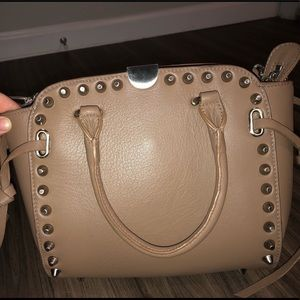 Sorial purse